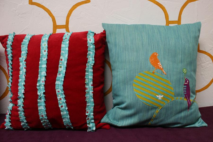 applique_pillow_8