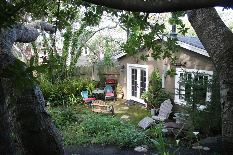 boathouse_patio