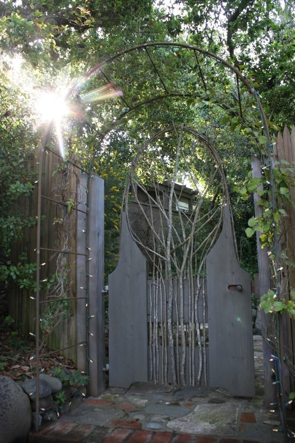 side_entrance
