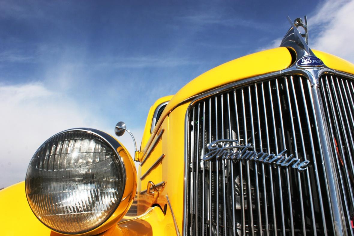 StreetMachine_Classic_Car