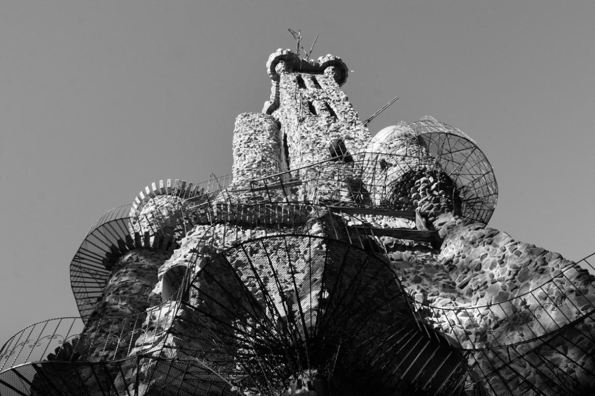 Bishops_Castle_bw