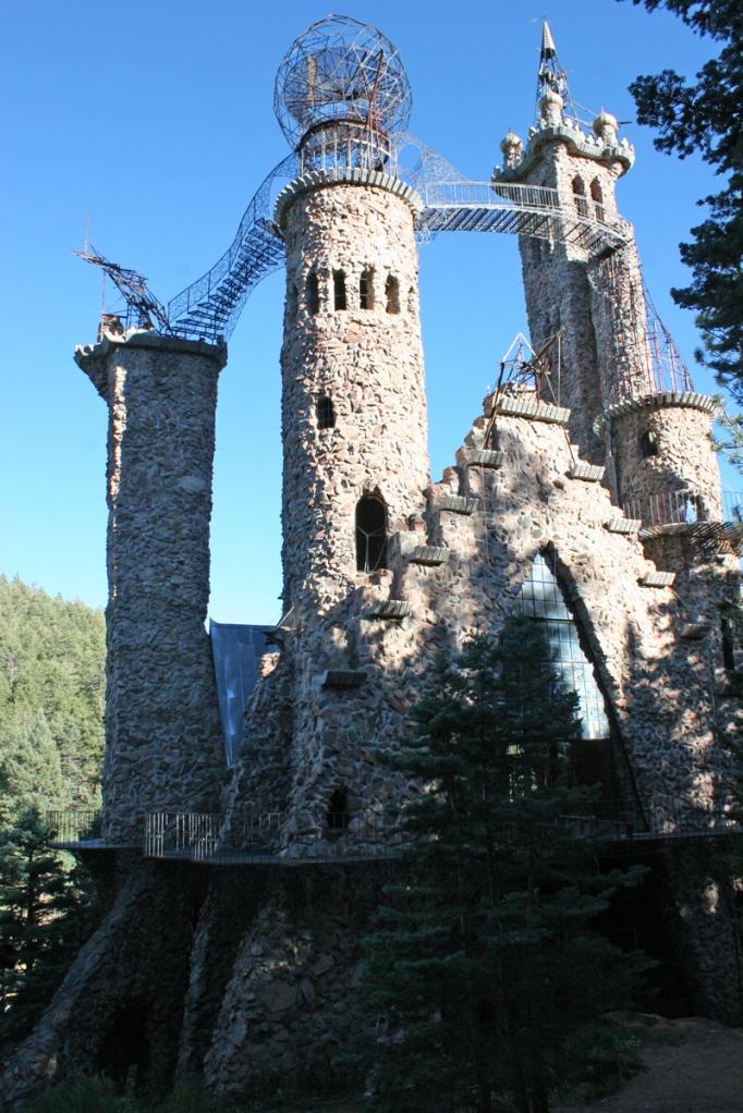 Bishops_Castle_Turret_2