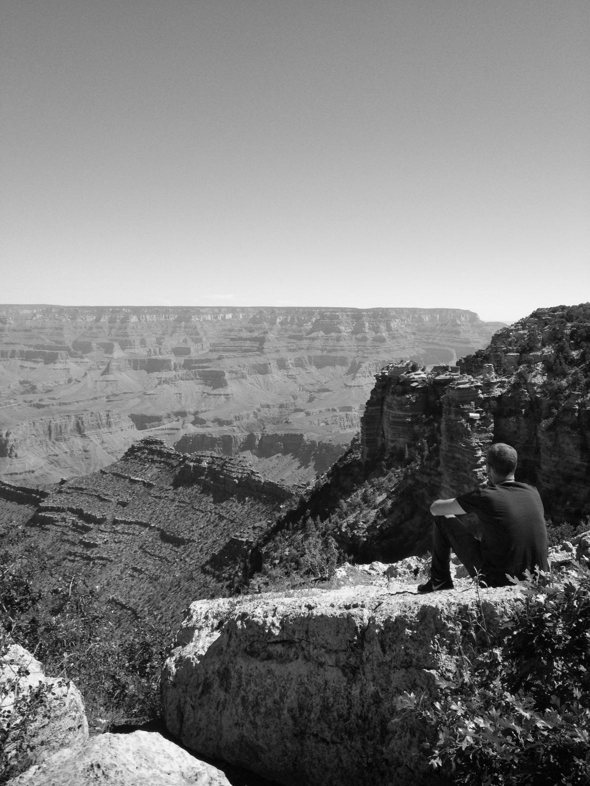 grand_canyon_bw